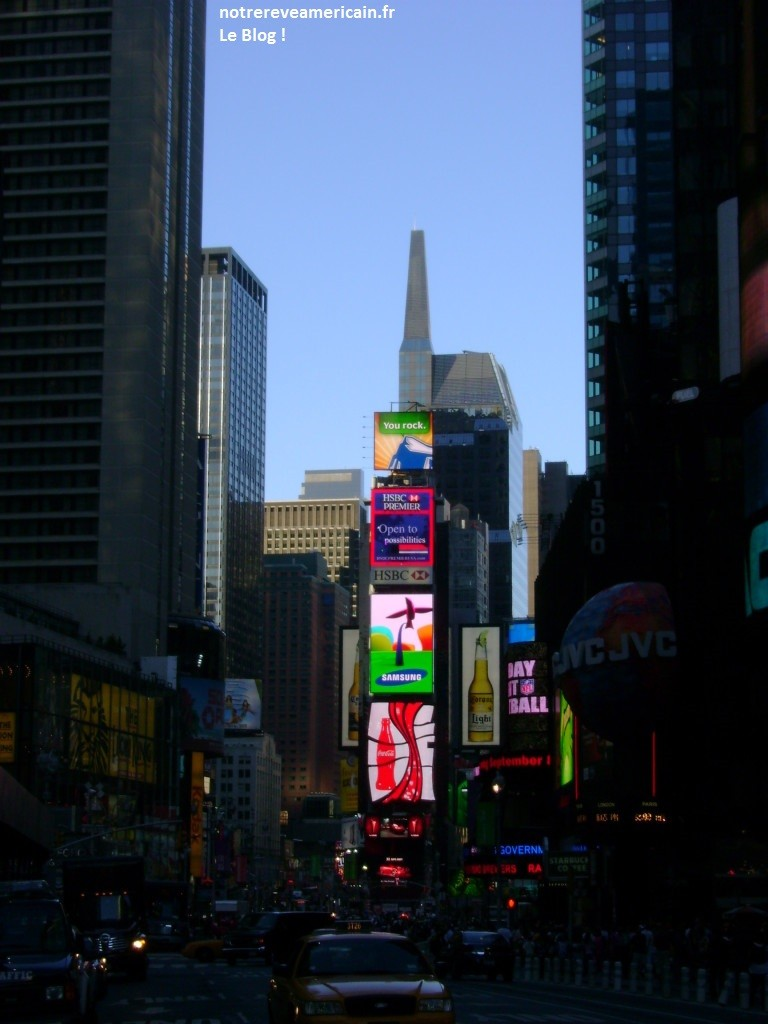 Times-Square1-768x1024