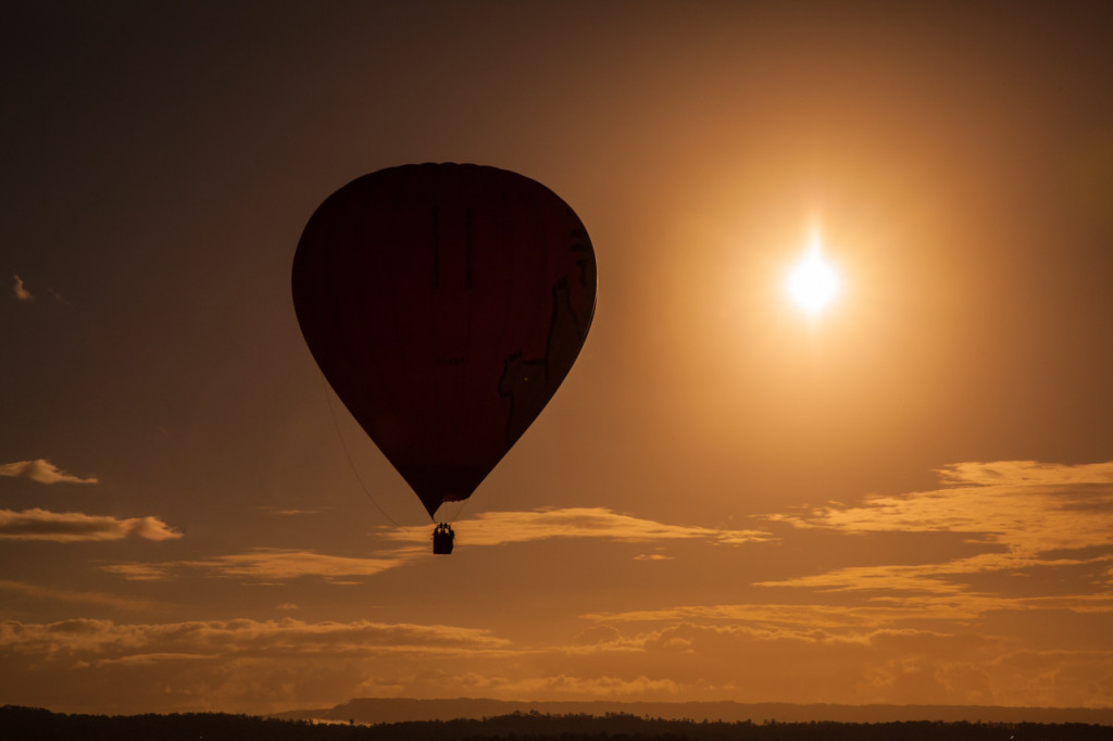 hot-air-balloon-queensland-australia-4