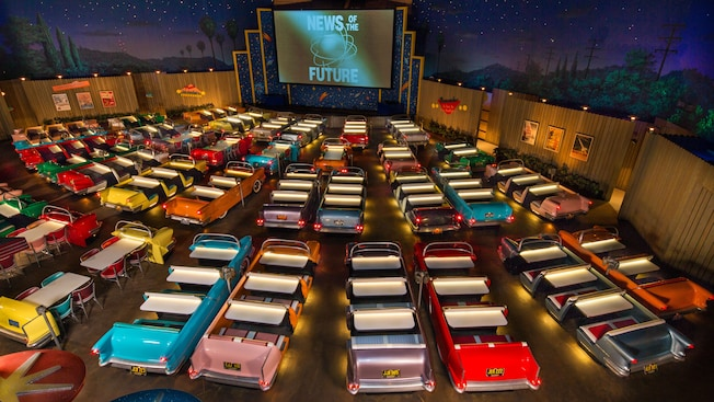 sci-fi-dine-in-theater-gallery00